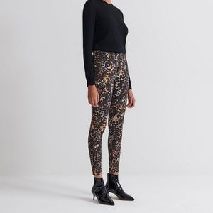 AG Farrah Skinny Ankle in Untamed Camo size 32 NWT